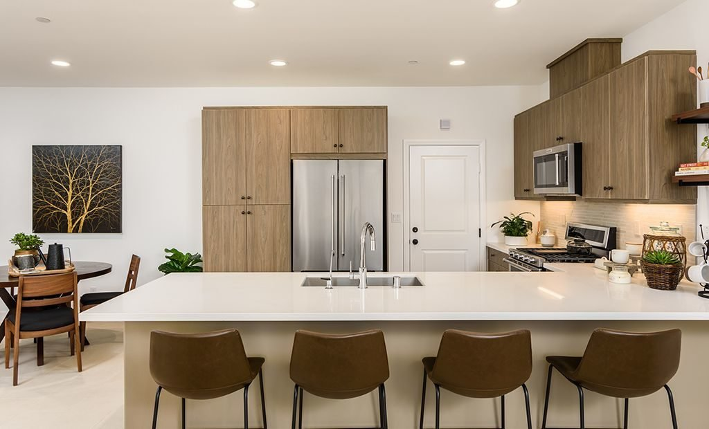 10kitchen-counter-sitting-space-1024x620