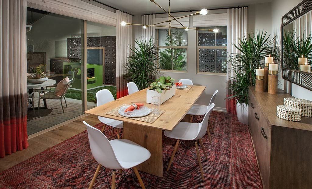 14dining-room-table-modern-lighting-1024x620