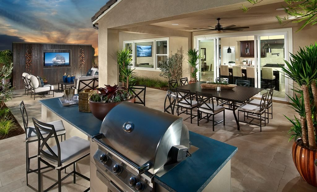 18outdoor-patio-set-bbq-1024x620