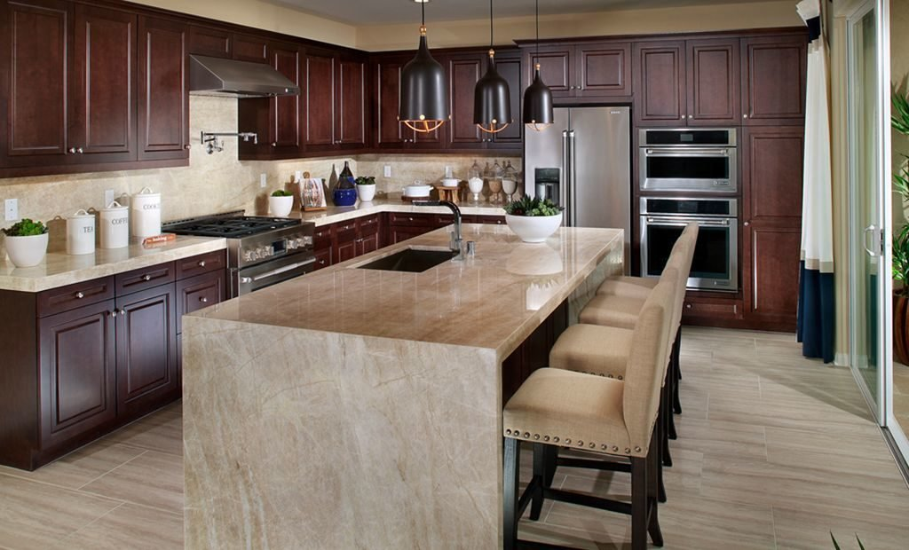 21rich-mahogany-kitchen-cabinets-1024x620