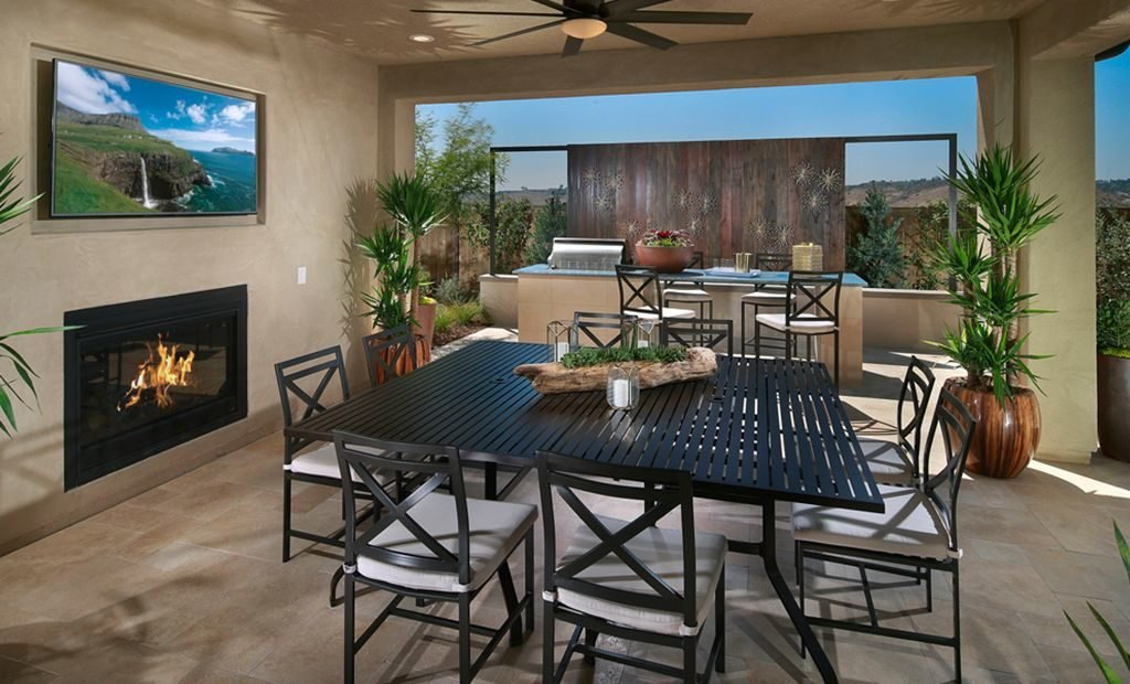 7indoor-outdoor-patio-fireplace-1024x620