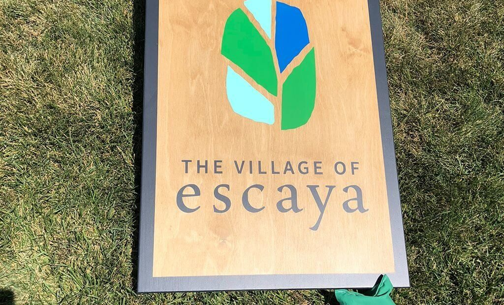 escaya-branded-lawn-games-1024x620