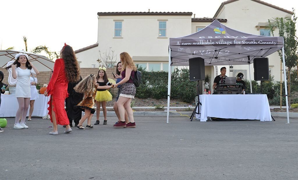 escaya-trick-or-treat-event-1024x620