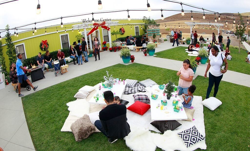 holiday-event-escaya-welcome-center-1024x620